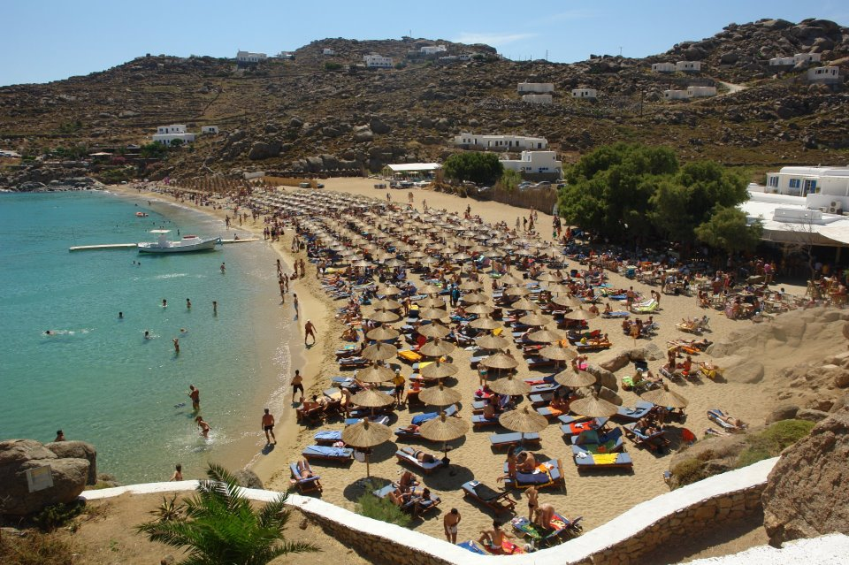 Super Paradise Bar Mykonos Grecia
