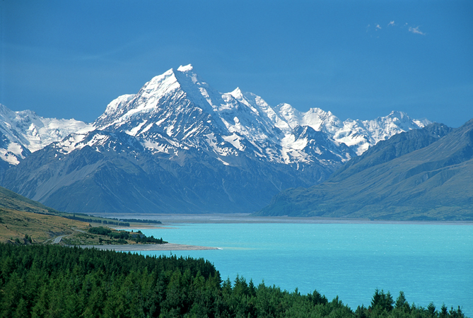 Monte Cook, Nova Zelândia